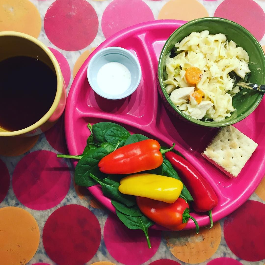 Today's lunch for my girl who's been out sledding in the snow and wind gusts (okay and maybe we made her shovel the driveway). Homemade organic chicken noodle soup and crackers, baby spinach leaves and sweet peppers with yogurt ranch dressing, and by request, lemon zinger tea. Hopefully next up is snuggle time! #foodnetworkfaves #healthylunch  #eattherainbow #organic #healthykids #justeatrealfood #packedlunch #momlife  #parenting #schoollunch #cleaneats  #eatyourveggies  #realfood…