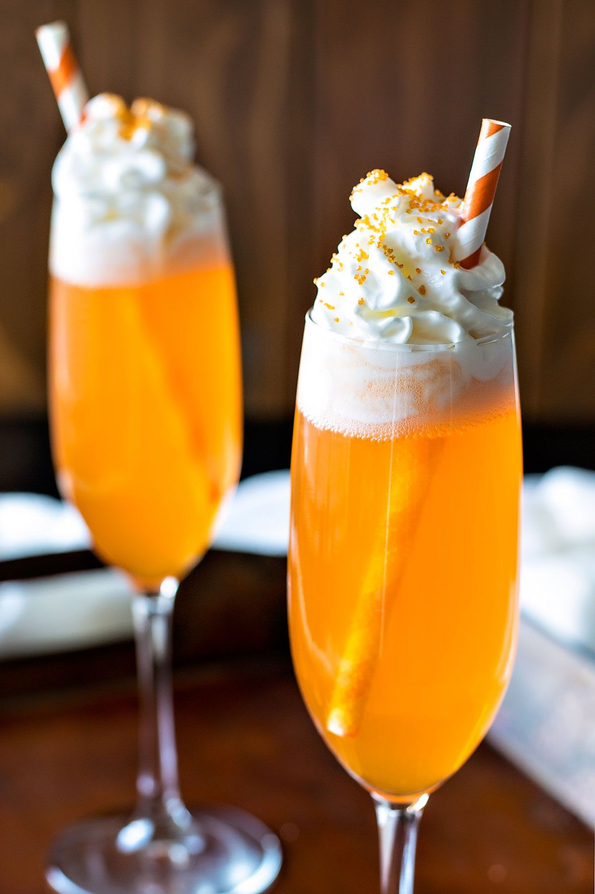 Orange creamsicle cocktail if you like the popsicle you for Fun dip mixed drink