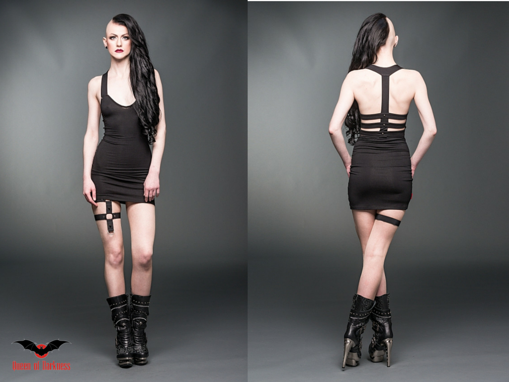 Gothic dresses rock the summer queen of darkness loves