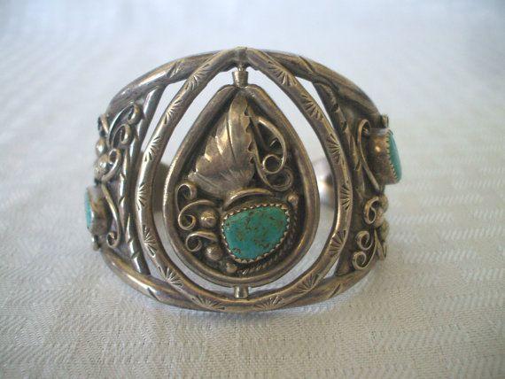 Unique Vintage NAVAJO Sterling Silver & TURQUOISE Spinner Cuff BRACELET