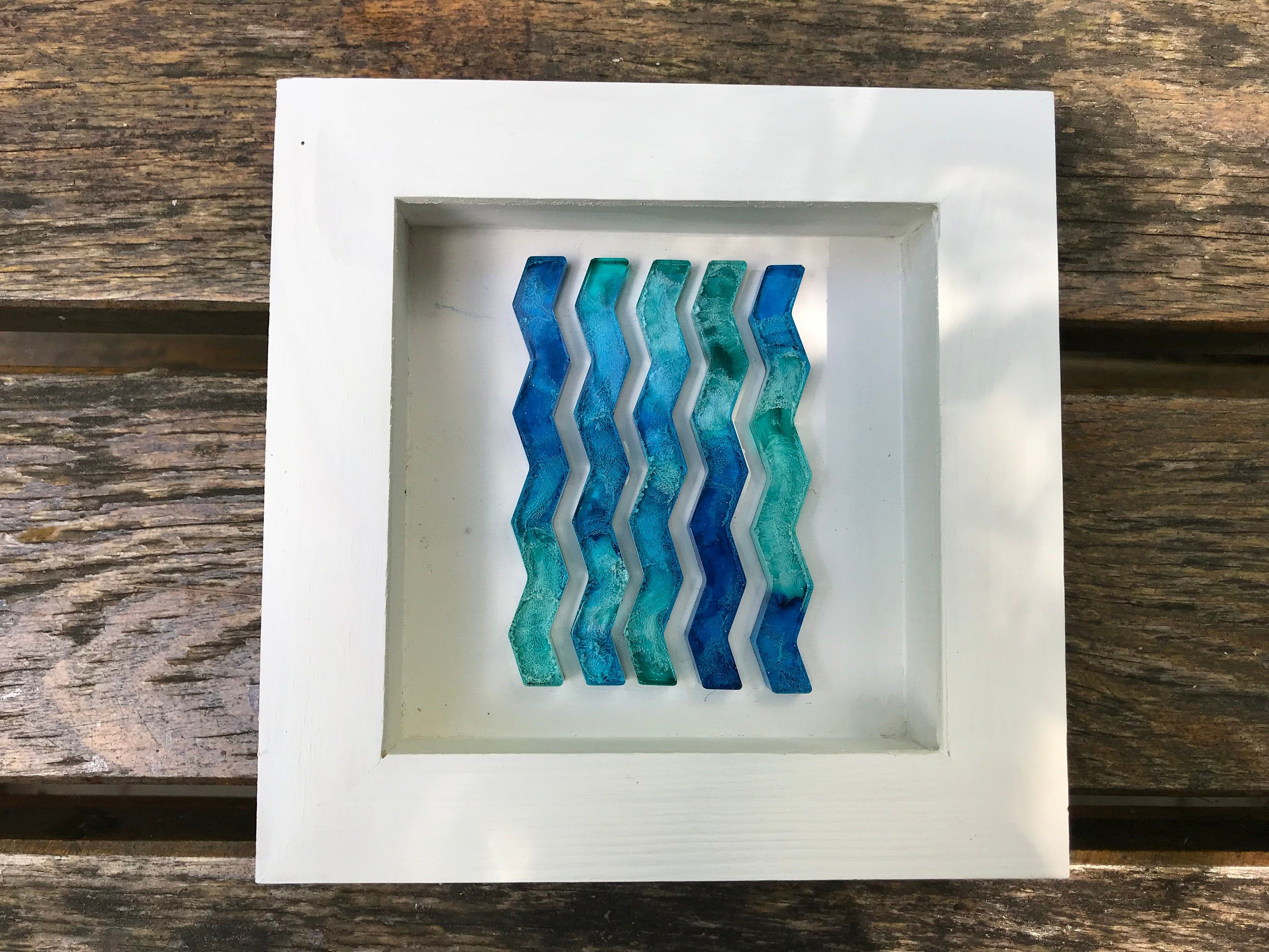 3d Frame With Resin Petri Art Shadowbox Resin Petri Wall Art Etsy Etsy Wall Art Resin Wall Art Frame