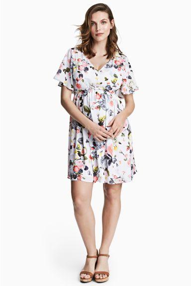 415be9b49bbc75 H M MAMA Desenli Elbise - Beyaz çiçekli - Ladies  hamile  giyim  moda   fashion  pregnancy