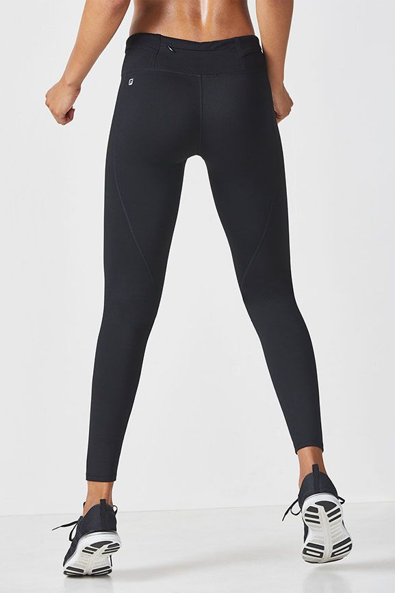 a1926756ae3ac Our first-ever legging that's built for the big chill (and we're not  talking about the hanging out kind). Warm up in our fleece-lined bottoms  with ...