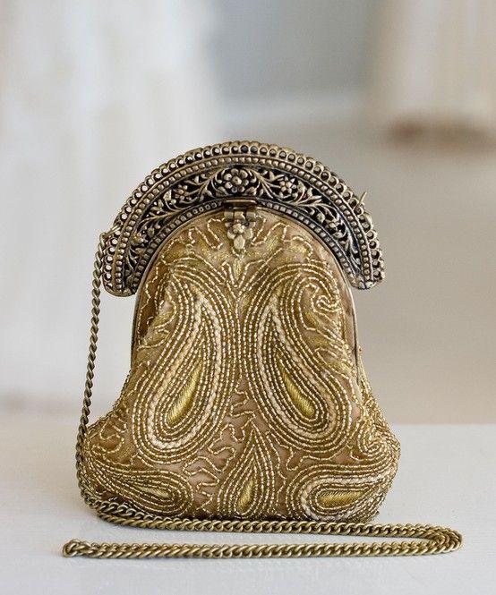 Prateado E Dourado...  Vintage bag