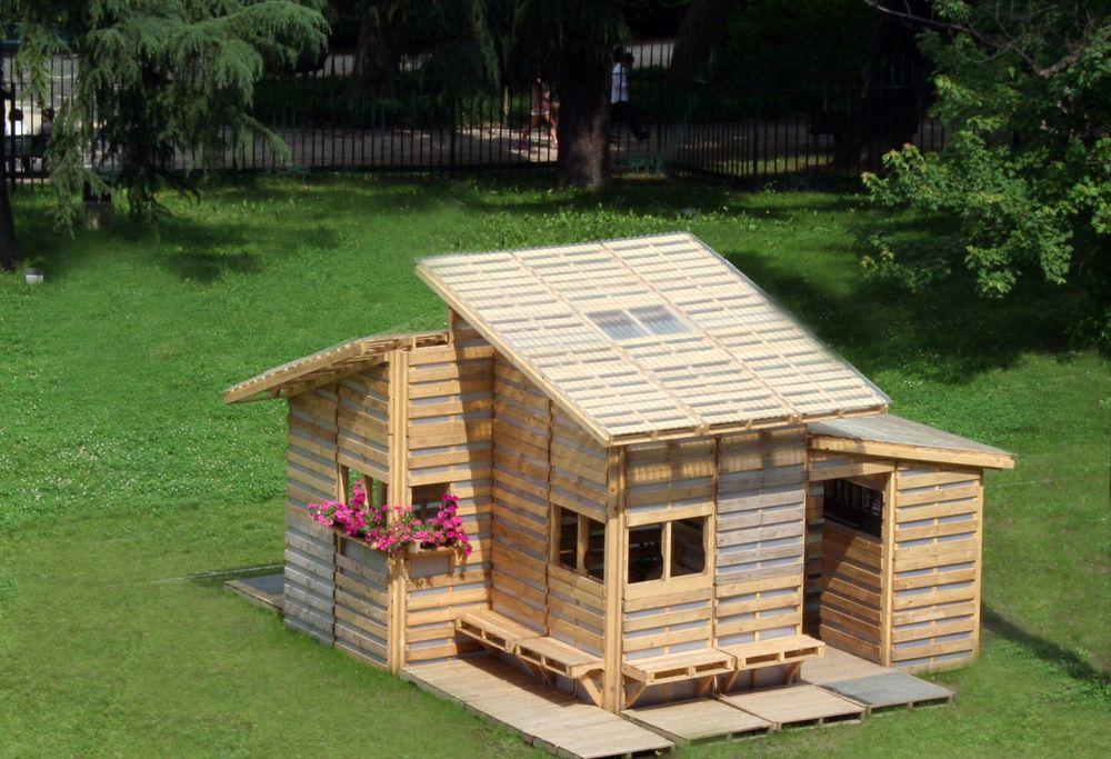 THE PALLET HOUSE — I BEAM