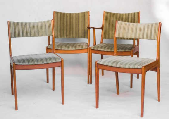 Mid Century Um85 Dining Chairs By Johannes Andersen For Uldum