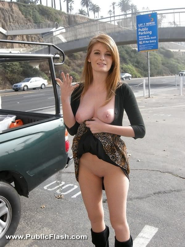 showing tits in public Car
