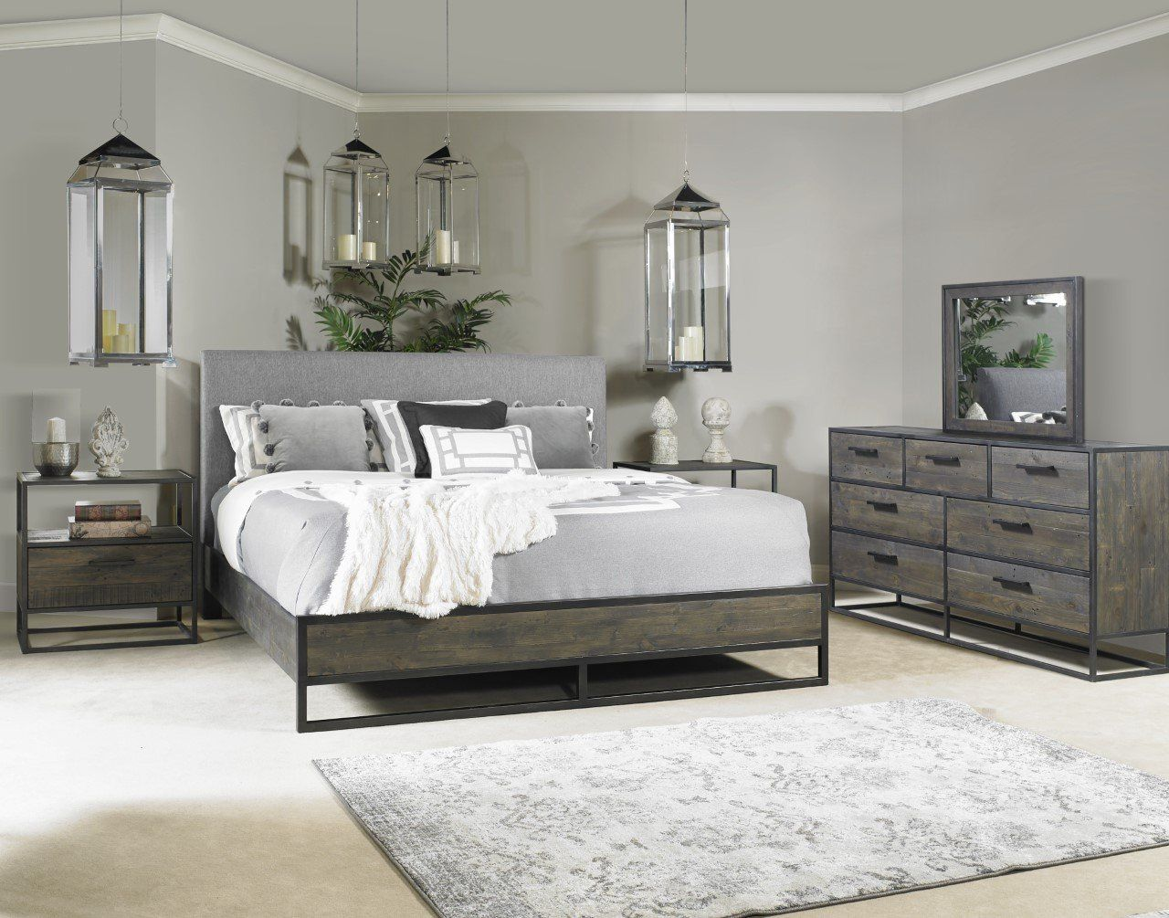 Industrial Gray 4 Piece King Bedroom Set Phuket