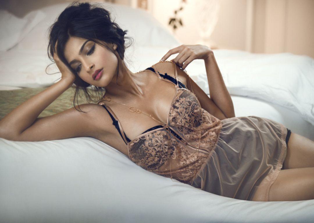 Hot erotic model indian