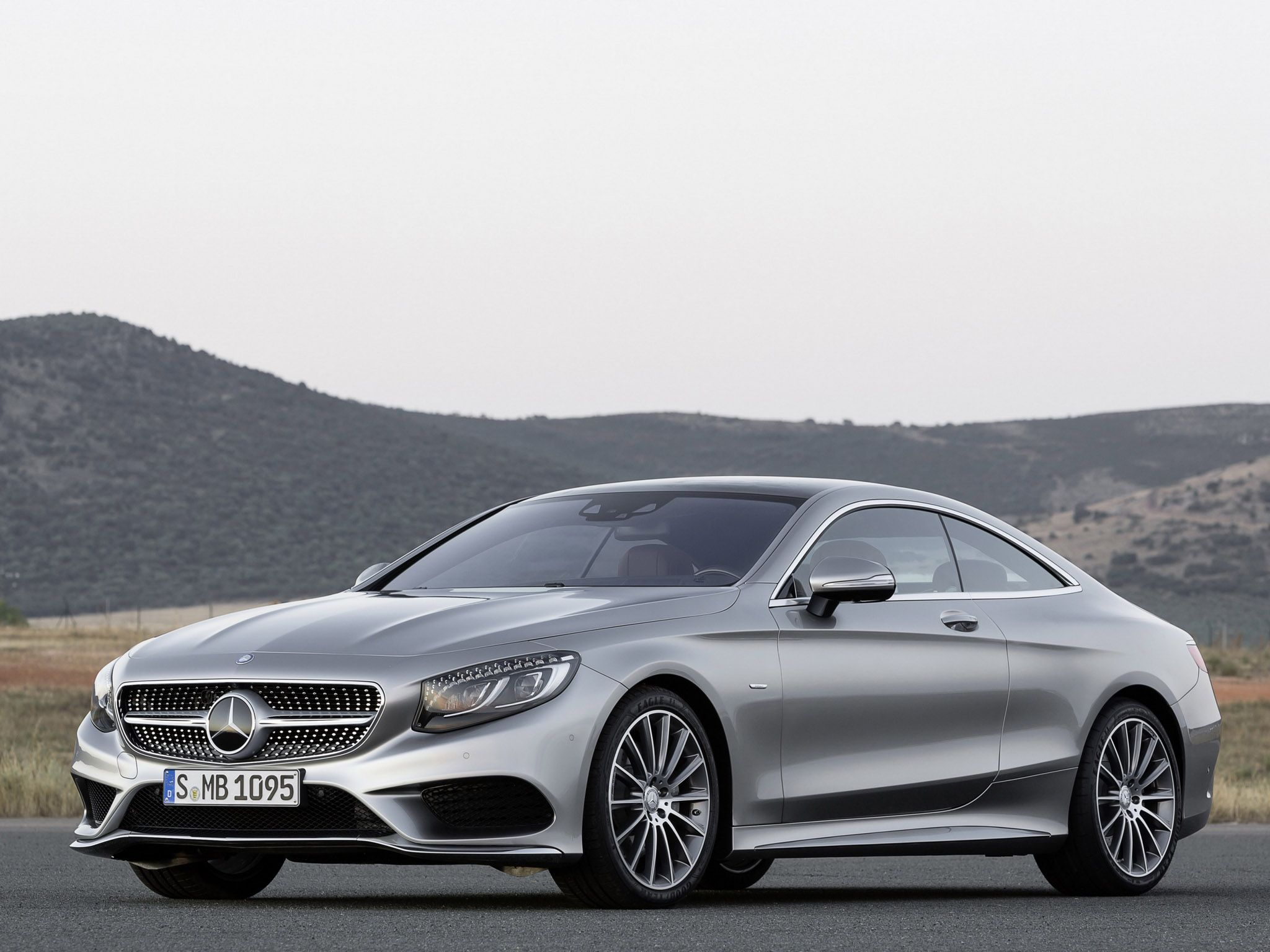 2018 mercedes cls will be available as sedan only http carsintrend com 2018 mercedes cls ars in rend pinterest