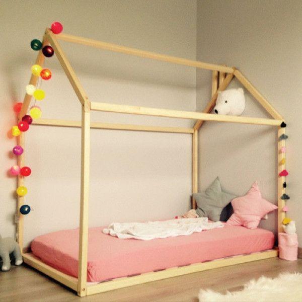 Hochbetten - 190x90cm Kinderbett/ Bett-Haus - ein Designerstück von Gunita-SPR bei DaWanda