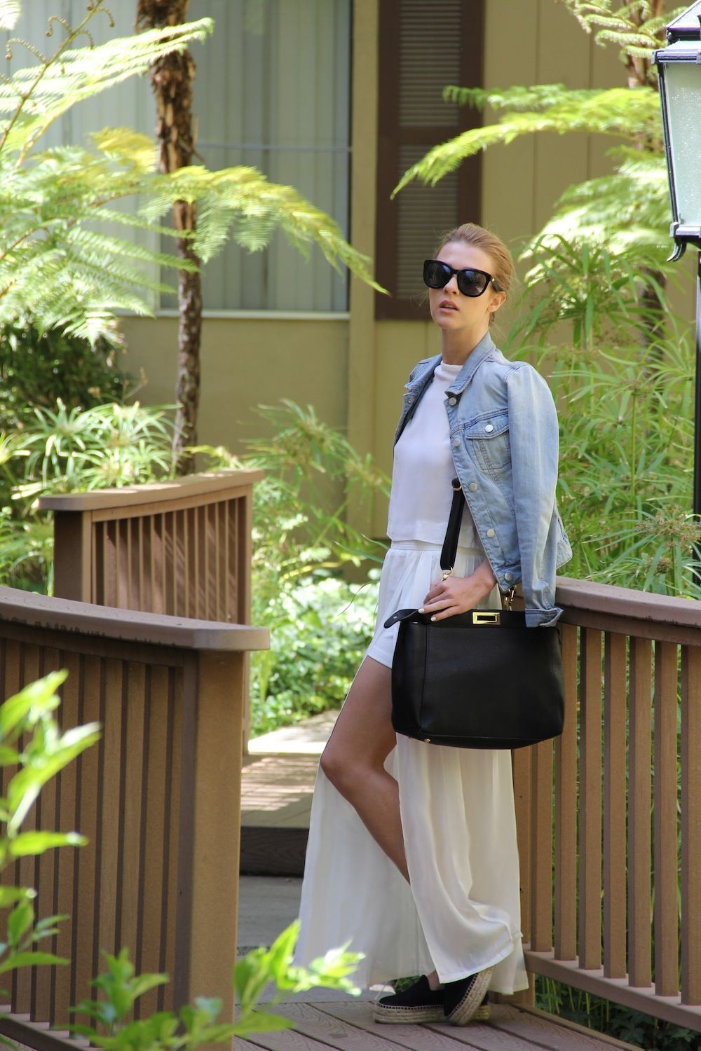 New post on the blog. Wearing maxi white skirt from @bechickcom and Anine Bing sunglasses.