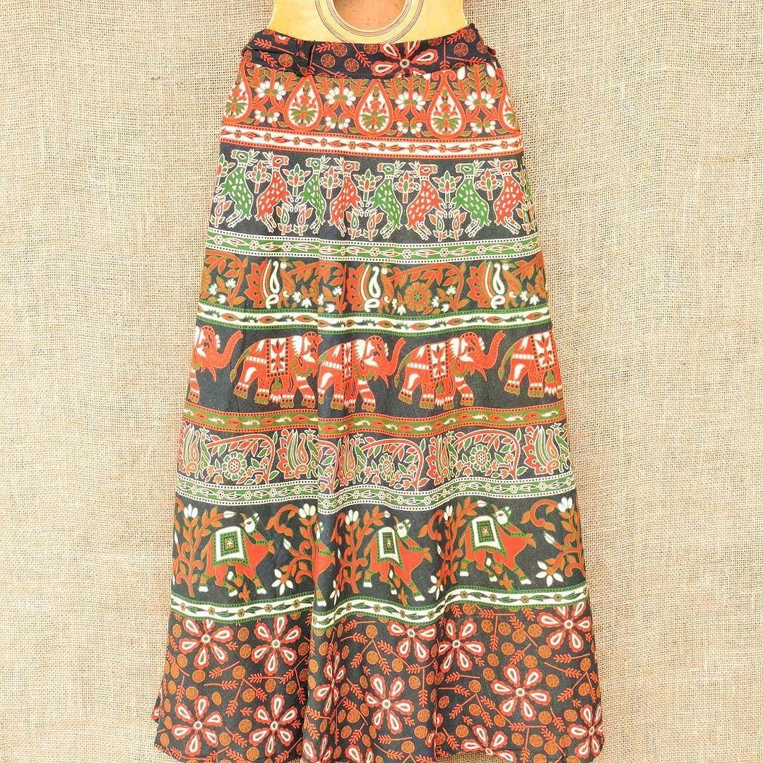 Toda a beleza das saias envelopes por apenas R$ 6990.  Chama a gente no Whatsapp: 13982166299  #modaetnica #hippie #boho #modaindiana #saia #envelope
