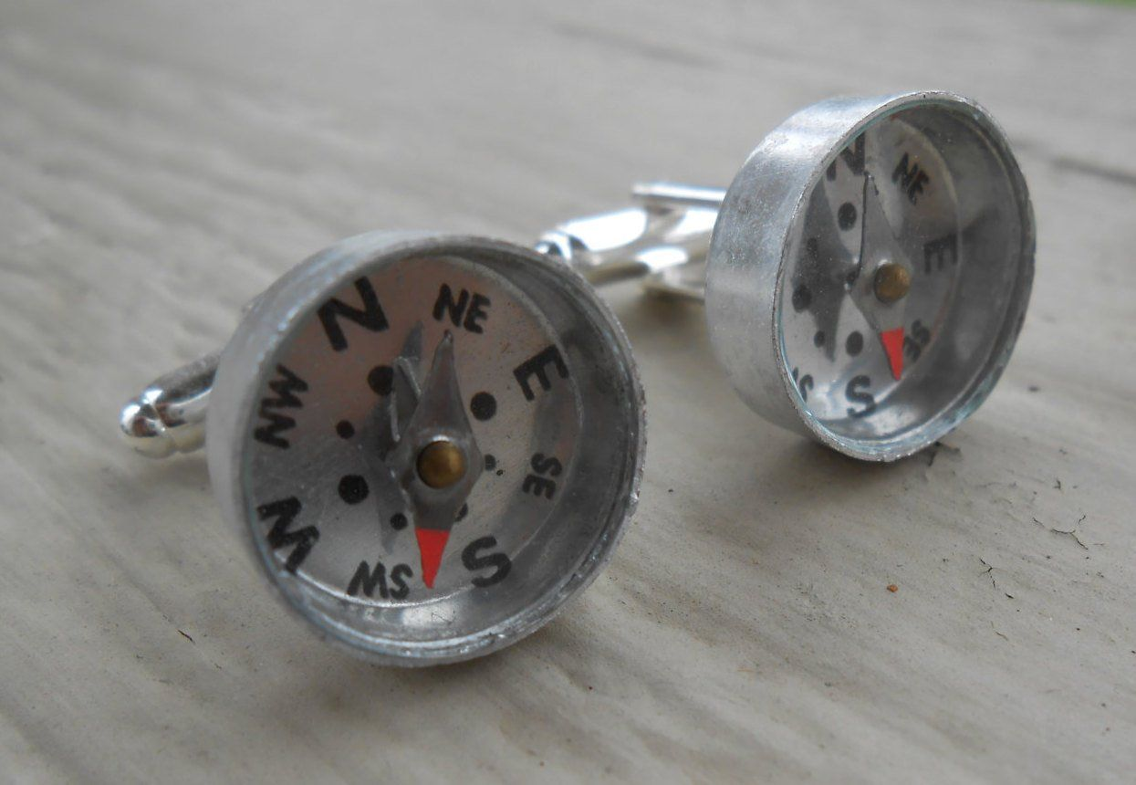 Birthday Groomsmen Gift Men/'s Dad. Unique Gift Silver Metal Anniversary Father/'s Day Wedding COMPASS Cufflinks