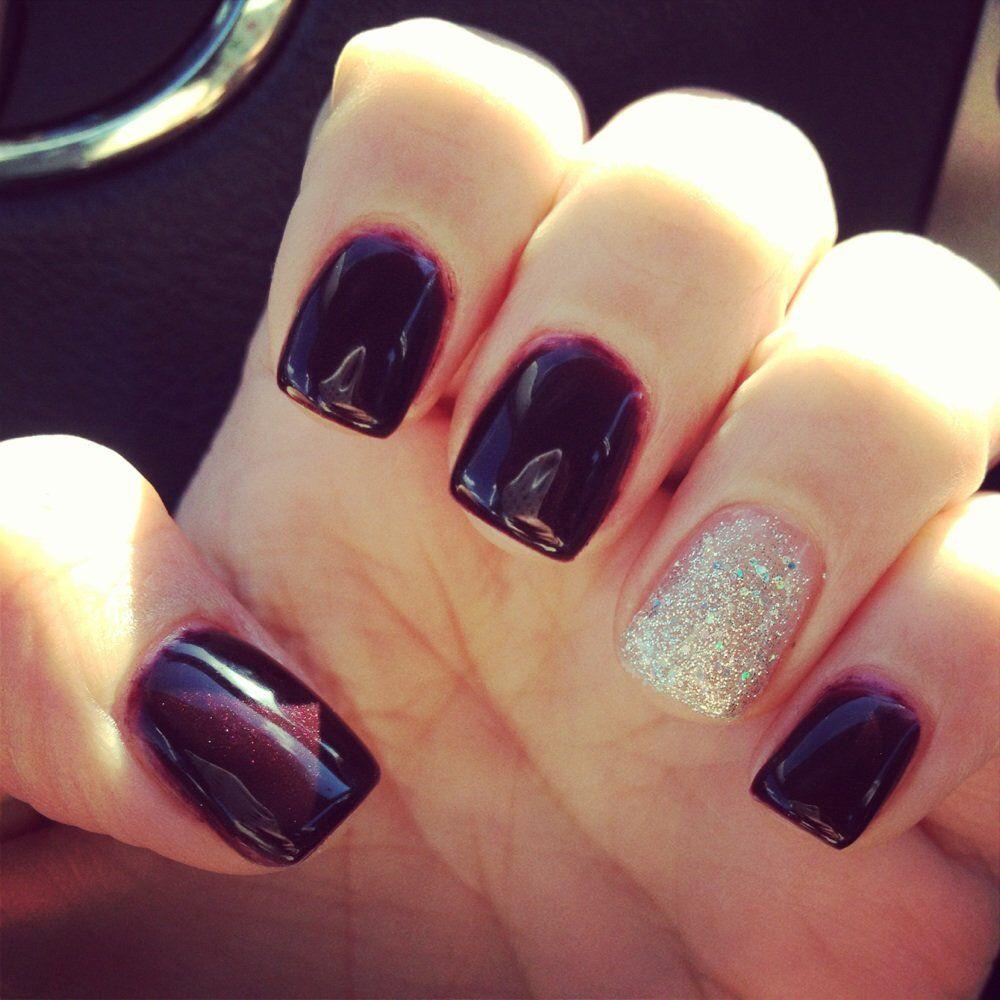 Dark Maroon Acrylic Nails With The Silver Nail Maroon Acrylic Nails Trendy Nails Maroon Nails