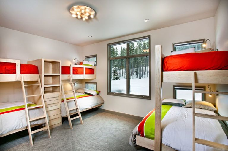 Interior Design Ideas For Sleeping Six People In A Room This Ski Home Designed By New Mood Design Has A Bedr Cool Bunk Beds Bunk Bed Designs Bedroom Design