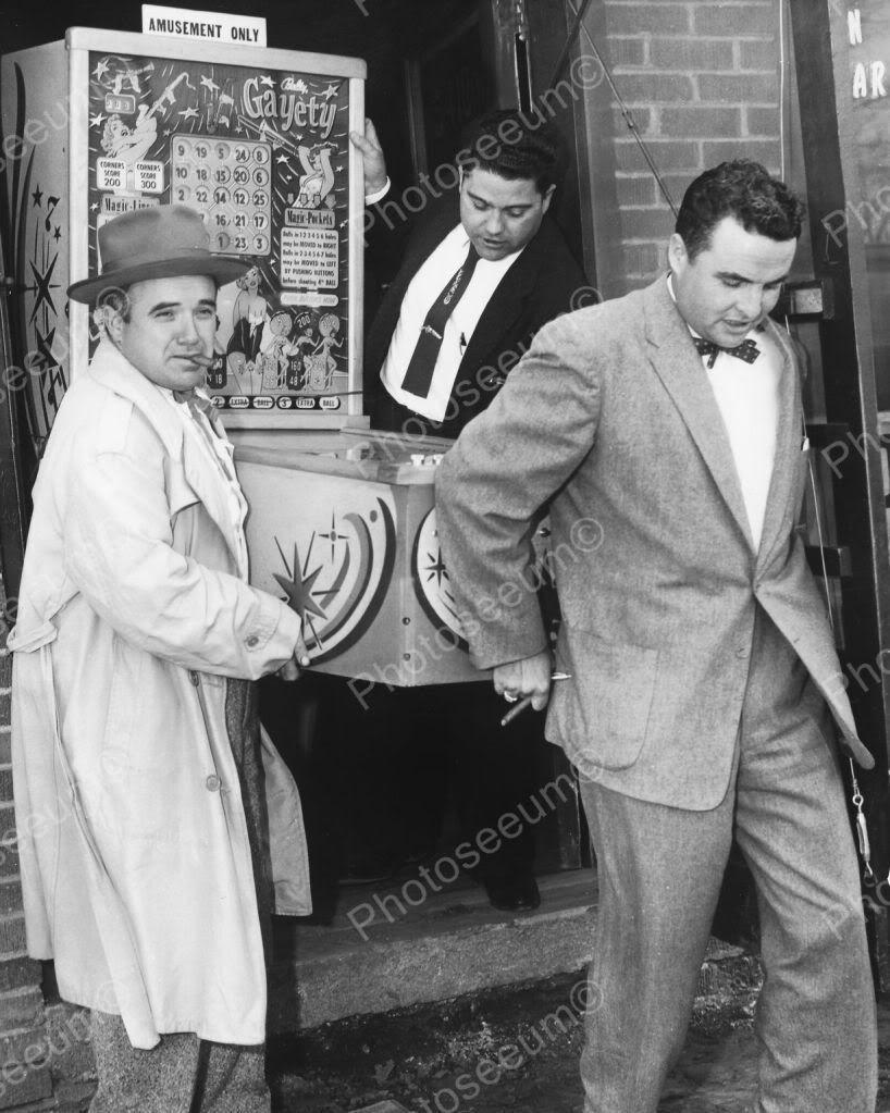 Bally Gayety Bingo Pinball Machine 1955 Vintage 8x10 Reprint Of Old Photo