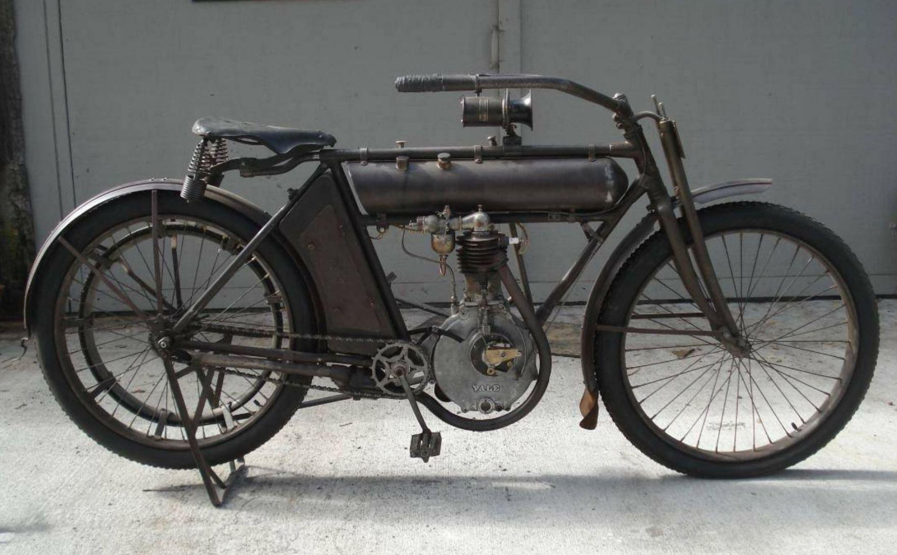 Early American 1911 Yale Single Custom Choppers Custom Moped Custom Bikes
