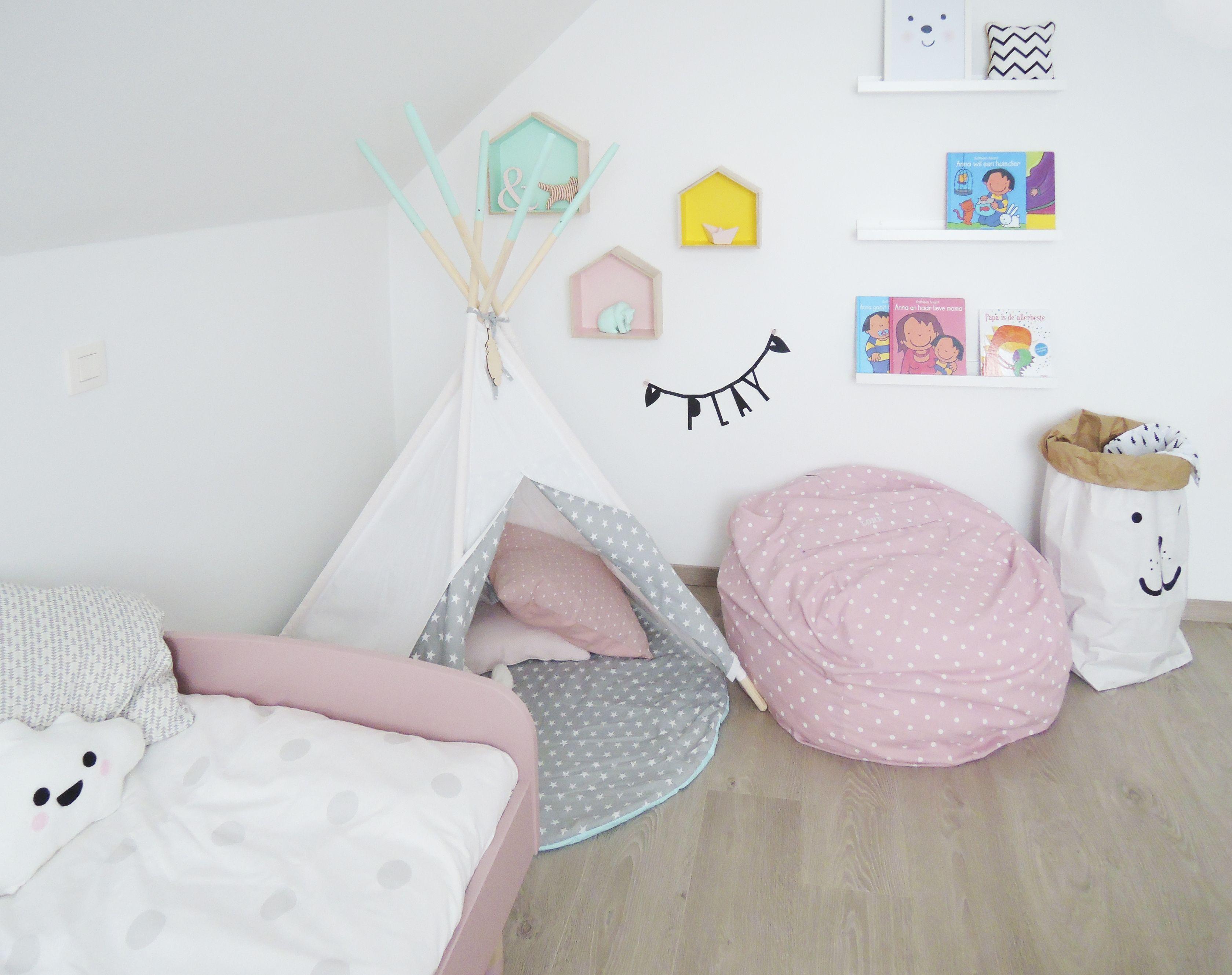 Meisjes kinderkamer tipi little nomad etsy letter banner a little lovely company bed flexa - Thema slaapkamer meisje ...