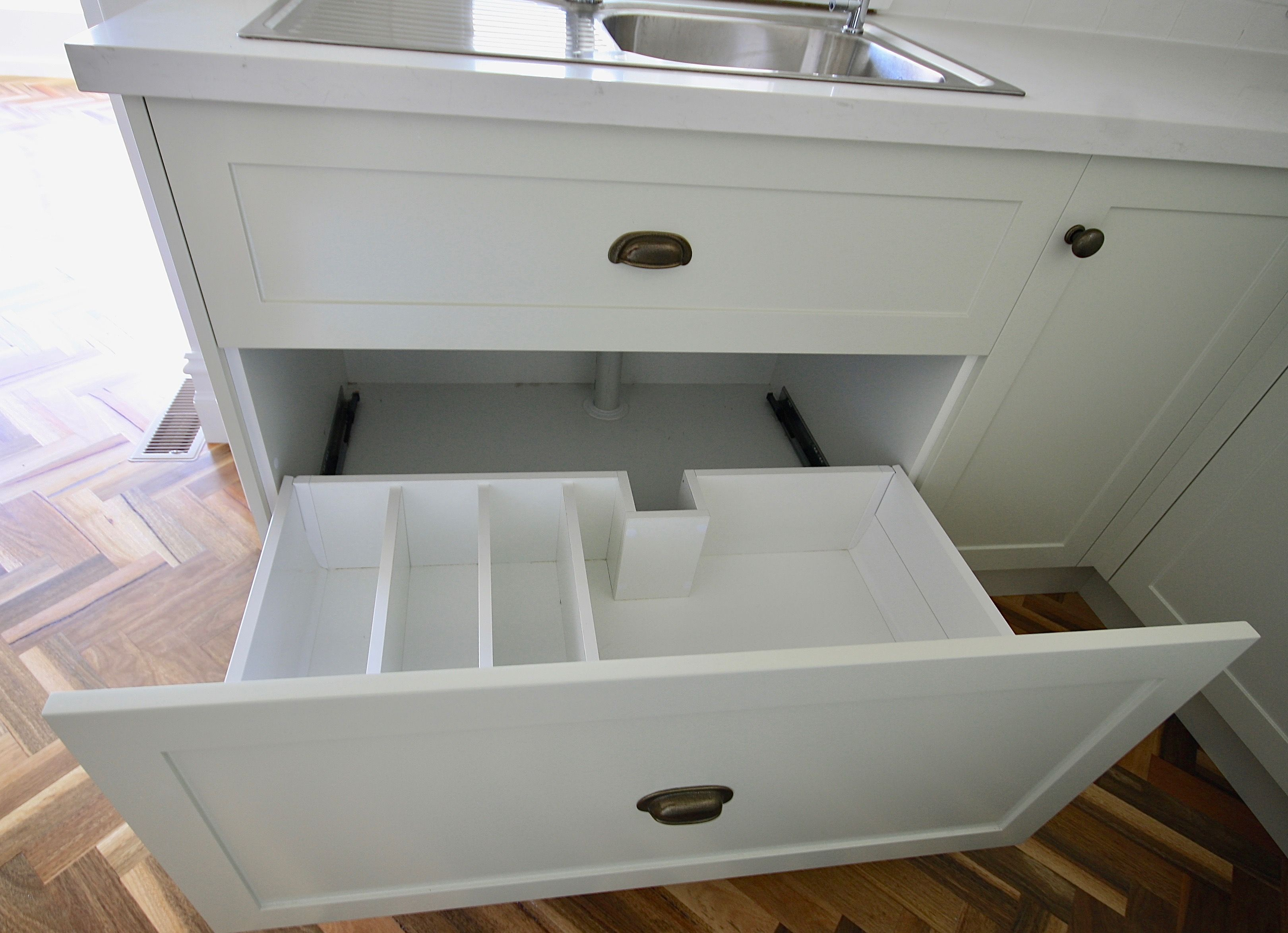 PULL OUT / STORAGE Custom designed and manufactured