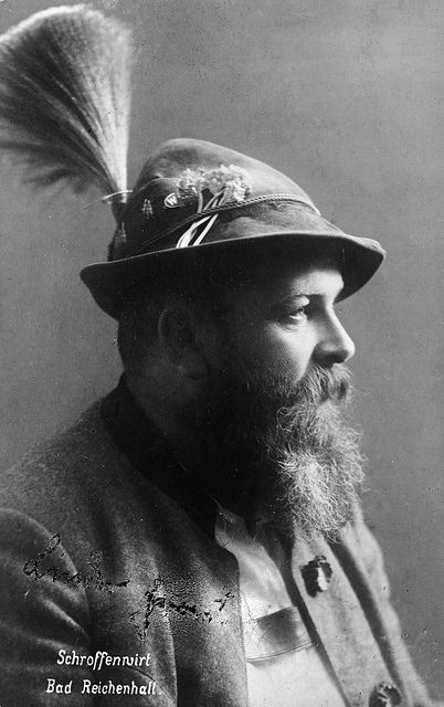 Pin By Julie Franklin On Headgear Vintage Beard German Traditional Dress Portraiture