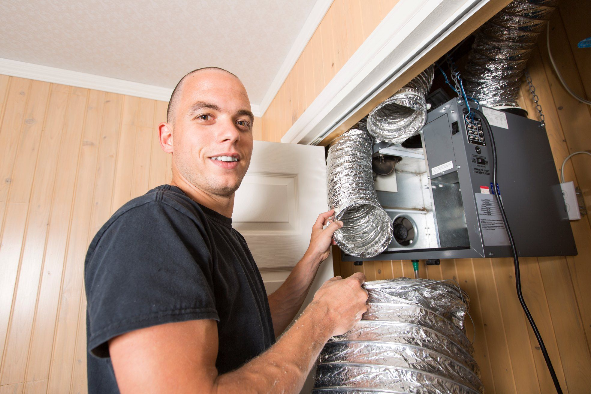 Looking For A Duct Work Specialist Turn To Exclusive Air Duct Cleaning Phoenix We Have Been Serving In Phoenix Local With Images Clean Air Ducts Duct Work Duct Cleaning