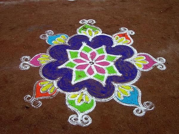 Mesmerising Rangoli Designs and Patterns For Home and Office ...