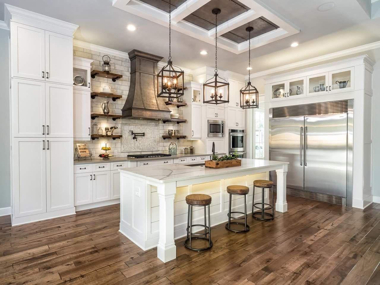 farmhouse kitchen floor tile farmhousekitchen farmhouseideas home kitchens beach kitchen on farmhouse kitchen flooring id=72661