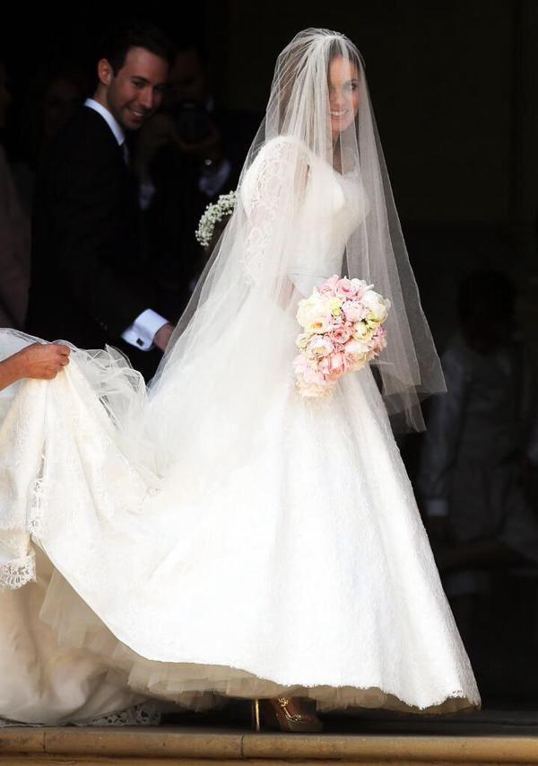 Geri's Wedding 5: Bride and Groom enter the Church.