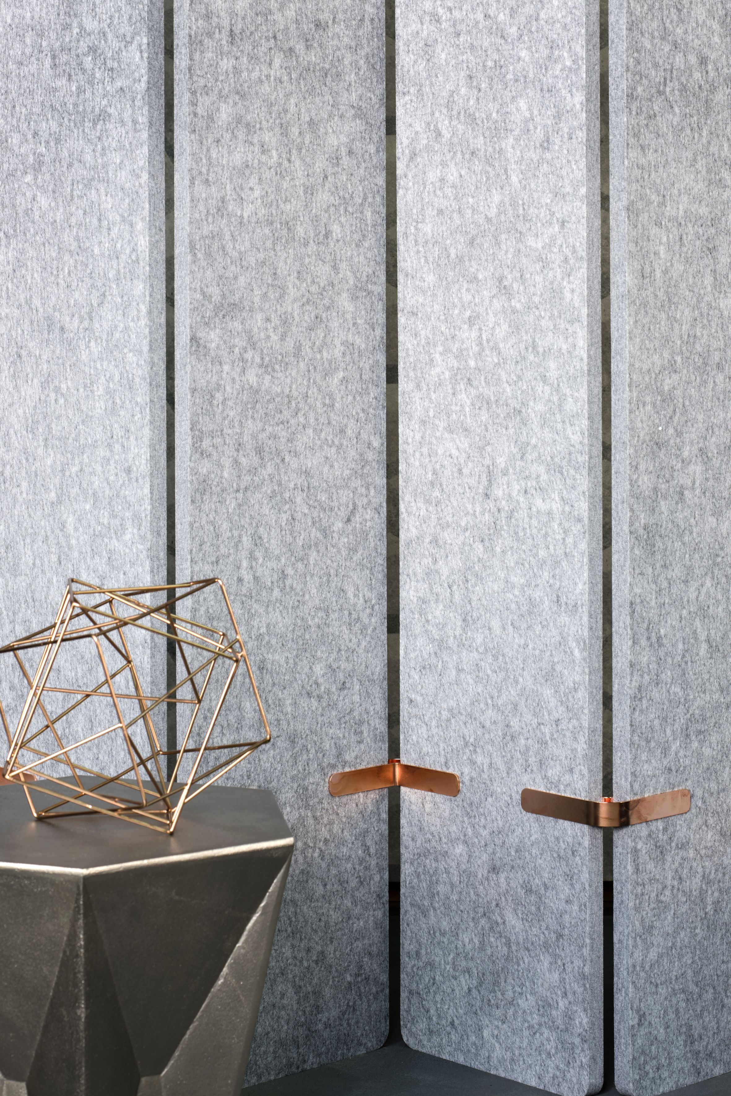 Echopanel Grey 442 Acoustic Dividing Screens With Copper Coloured Joiners Creates An Appealing Contrast In Textures Acoustic Panels Wall Design Acoustic Wall