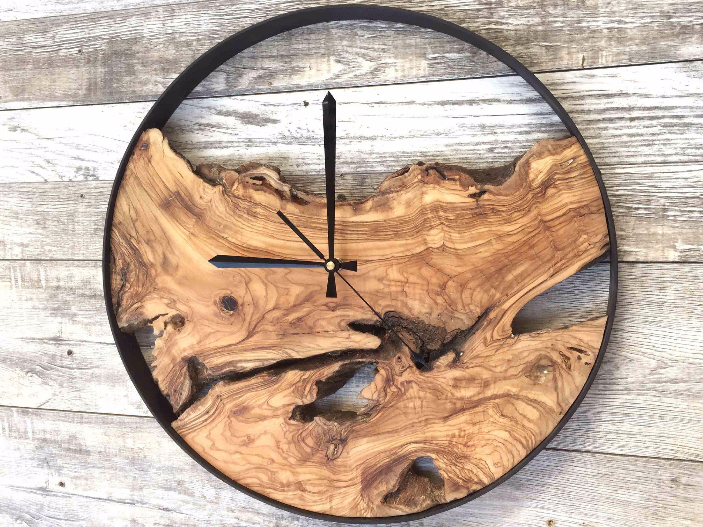 Wood Wall Clock Large Wall Clock Rustic Clock Reclaimed Wood Clock Wooden Clock Unique Wall Clock Clock In 2020 Diy Clock Wall Rustic Wall Clocks Rustic Clock