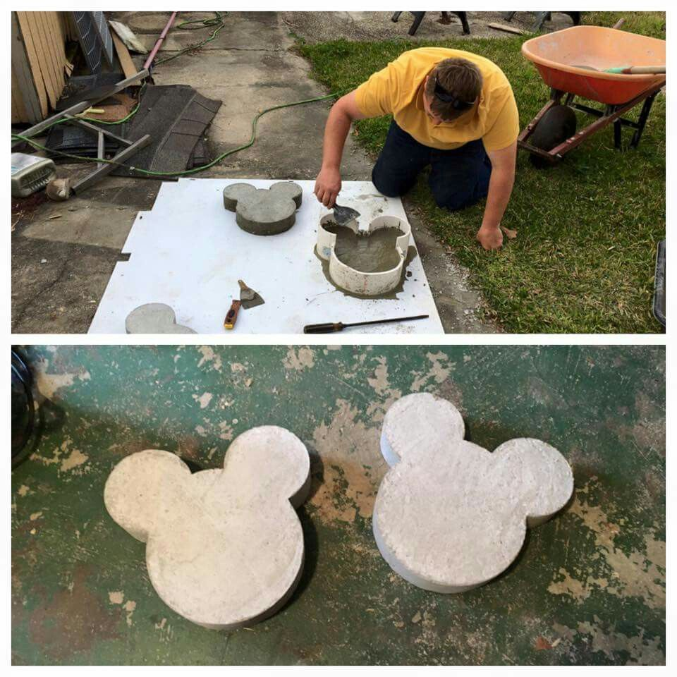 How to Build DIY Stepping Stones #disneyhousedecor