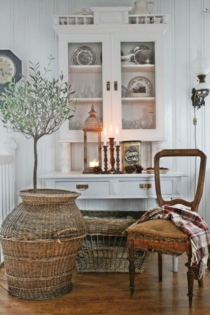 VIBEKE DESIGN: Natural contrast to white!