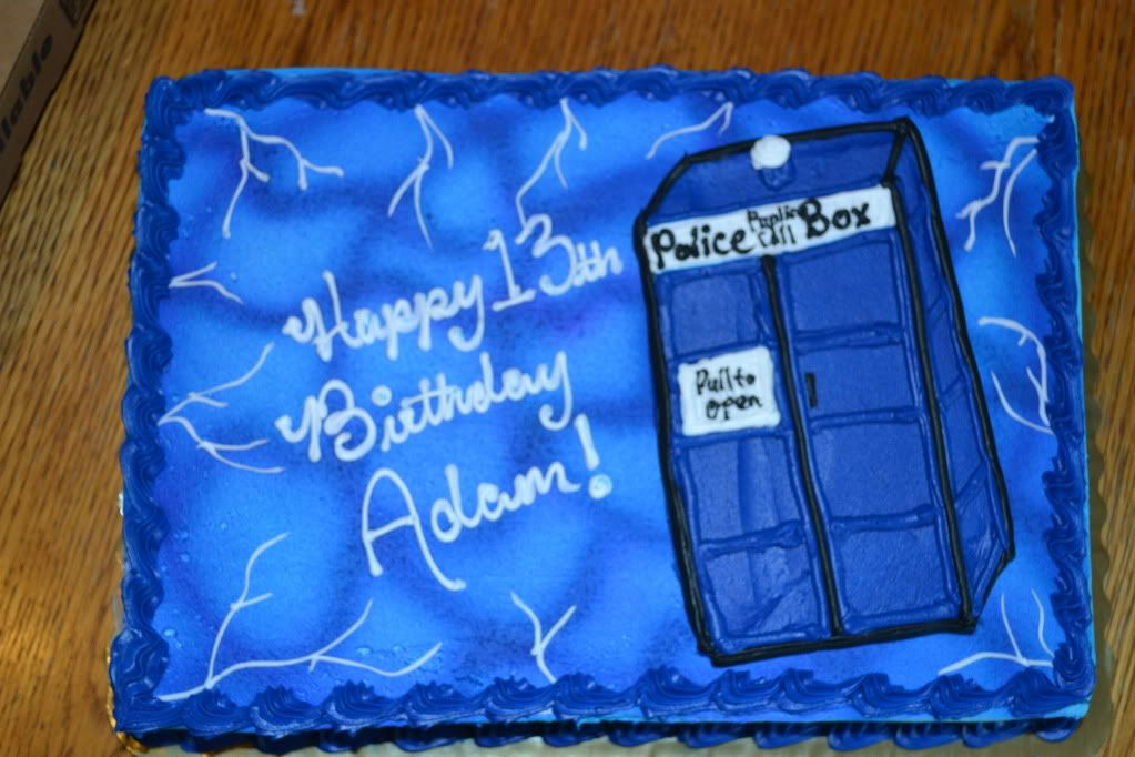 dr who cake Cool cakes Pinterest Tardis Cake and Food ideas