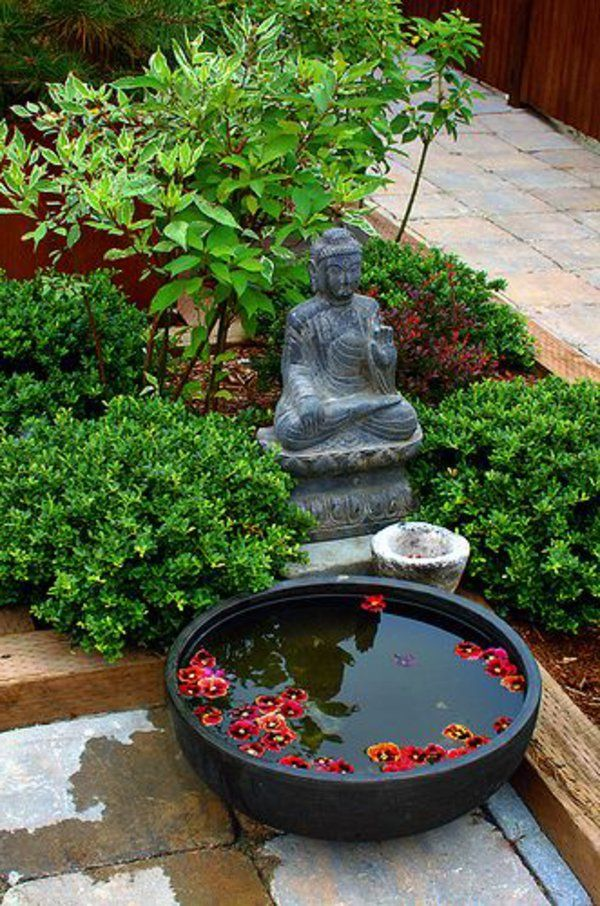 mini jardin japonais statuette bouddha et petit bassin noir