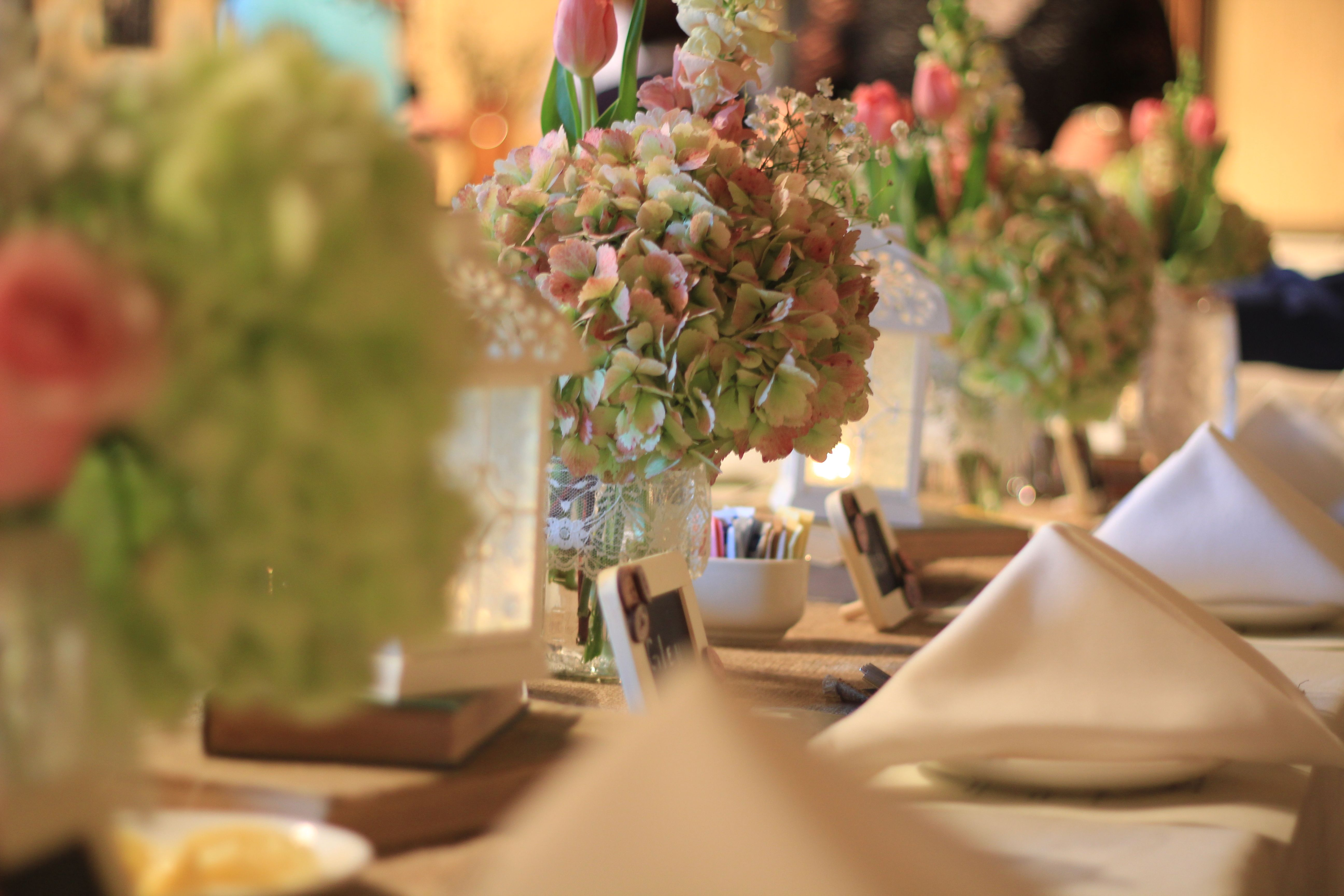 Wedding Rehearsal Dinner Decorations She Loved Vintage And Burlap