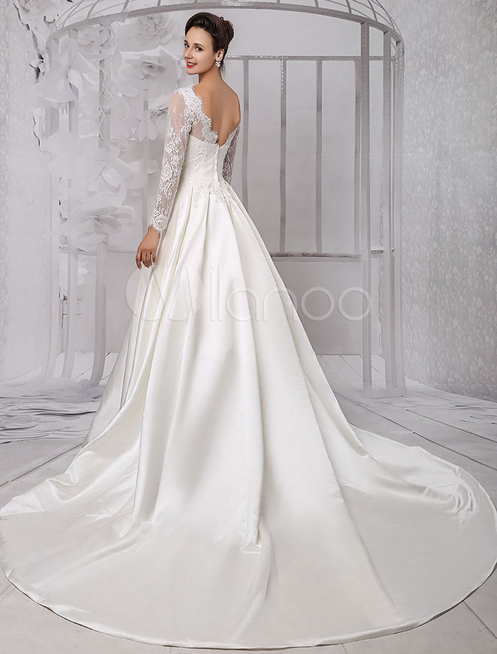 Long Sleeve Lace Wedding Dress Bridal Gown With Cathedral