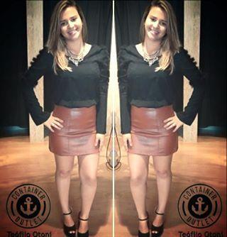 Gostaram do look? A saia está 49,99; E a blusa também! São as ofertas do #AniversarioContainer!  #Containeroutlet