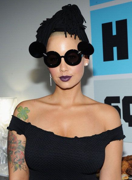 Black Dress Sunglasses Amber Rose Beautiful Girl Tattoos Amber Rose Style Amber Rose Purple Lipstick