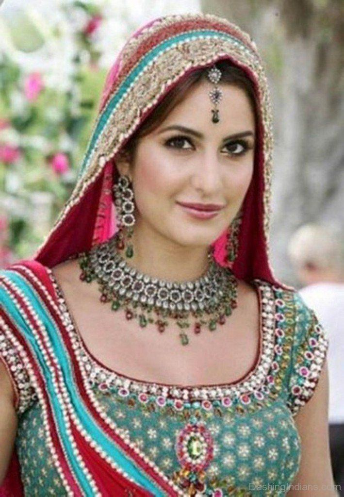 10 Times We Wanted To Steal Katrina S Wedding Looks Katrina Kaif Photo Katrina Kaif Katrina Kaif Wallpapers