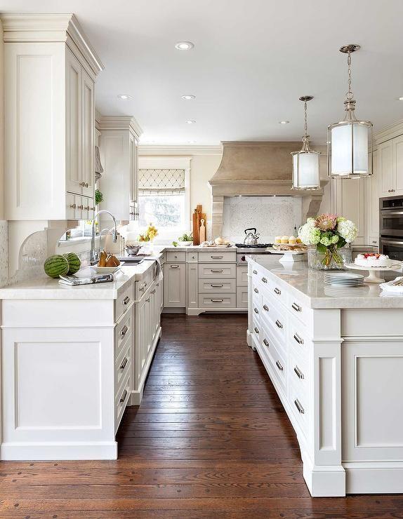 Best Elegant Kitchen Features A Pair Of Cylinder Pendants 400 x 300