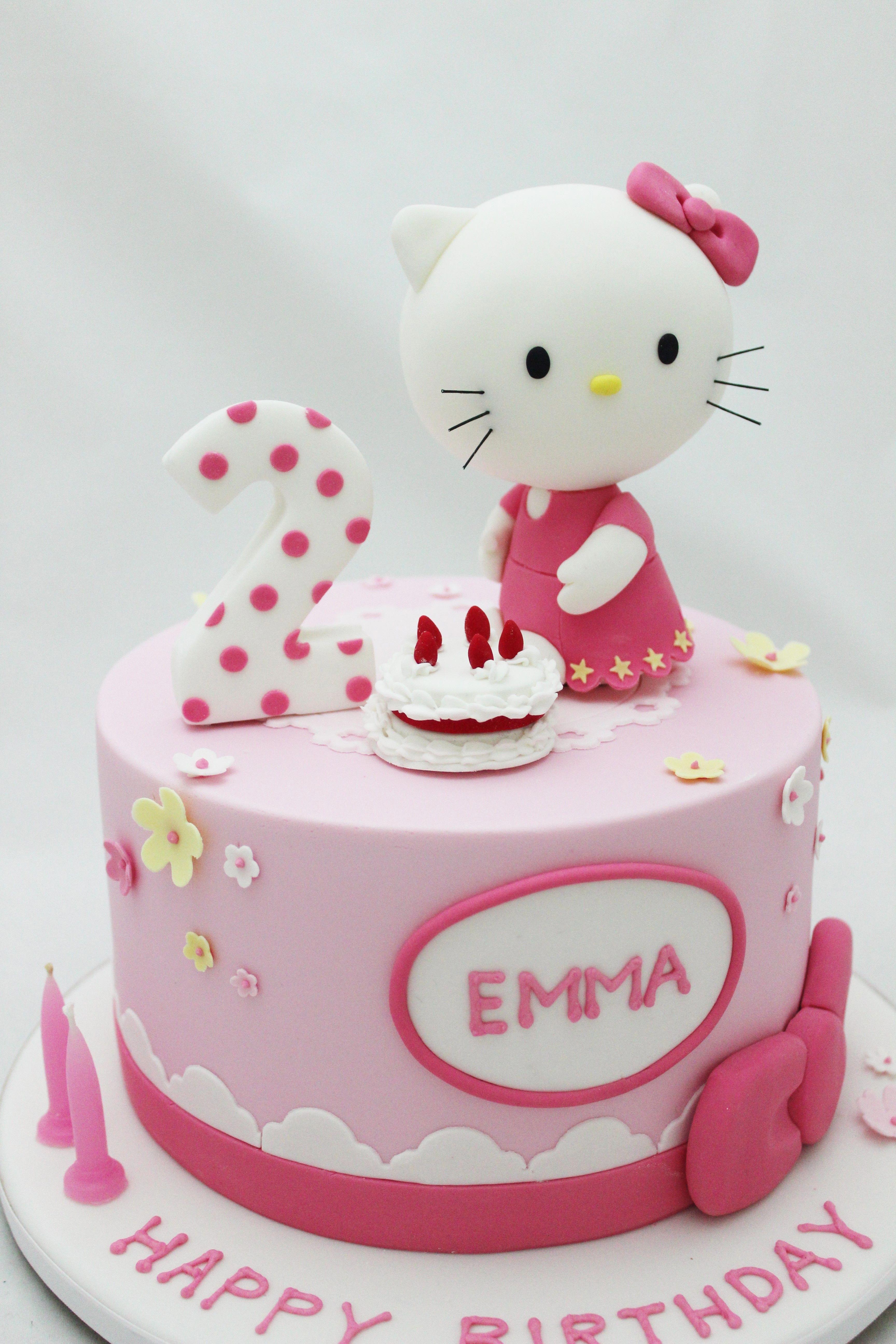 Hello Kitty Cake For 2nd Girl S Birthday Fondantcake Dengan Gambar Ulang Tahun Kue Ulang Tahun Kue