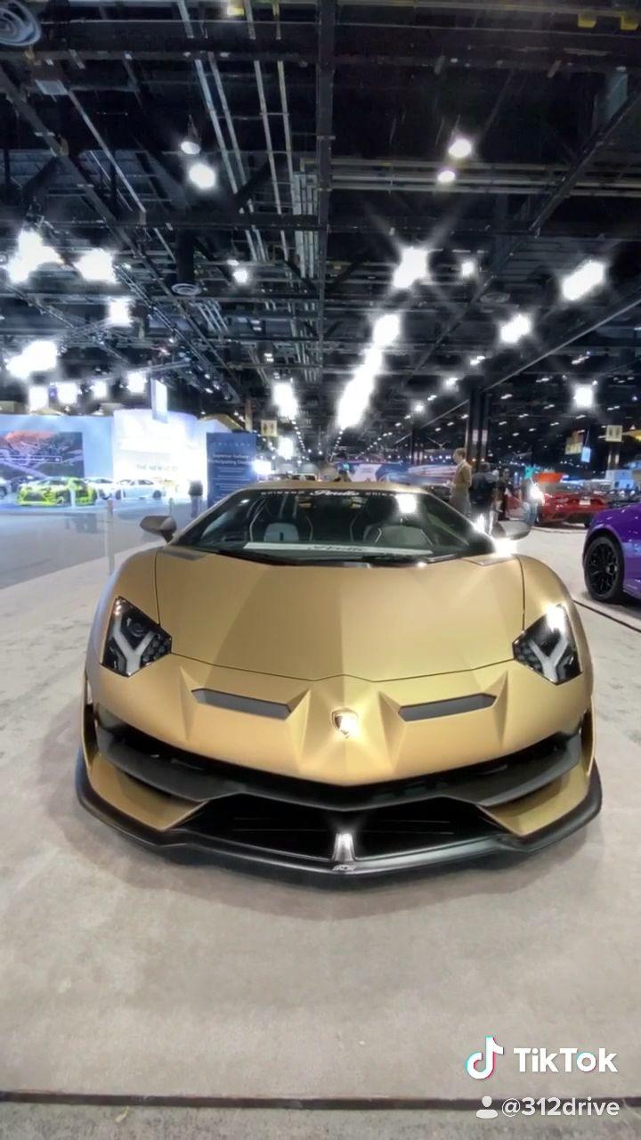 Photo of 2020 Lamborghini Aventador SVJ