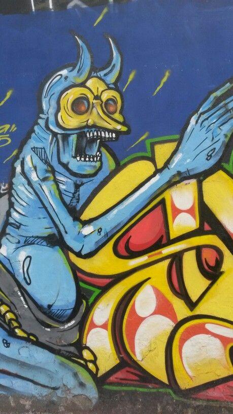 Mural en pedazos...
