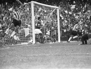 Em Um Dia Como Hoje Mas Em 1968 4x0 Era O Placar Do 1 Grenal Numa Competicao Internacional Copa Rio De La Plata E Pelo Gauchao Gremio Fbpa Gremio 1