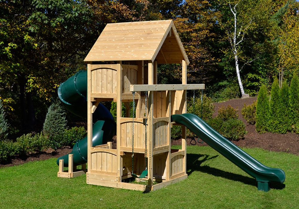 Merveilleux The Canterbury Space Saver Deluxe Cedar Swing Set For Small Yards With Wood  Roof And Tube Slide.