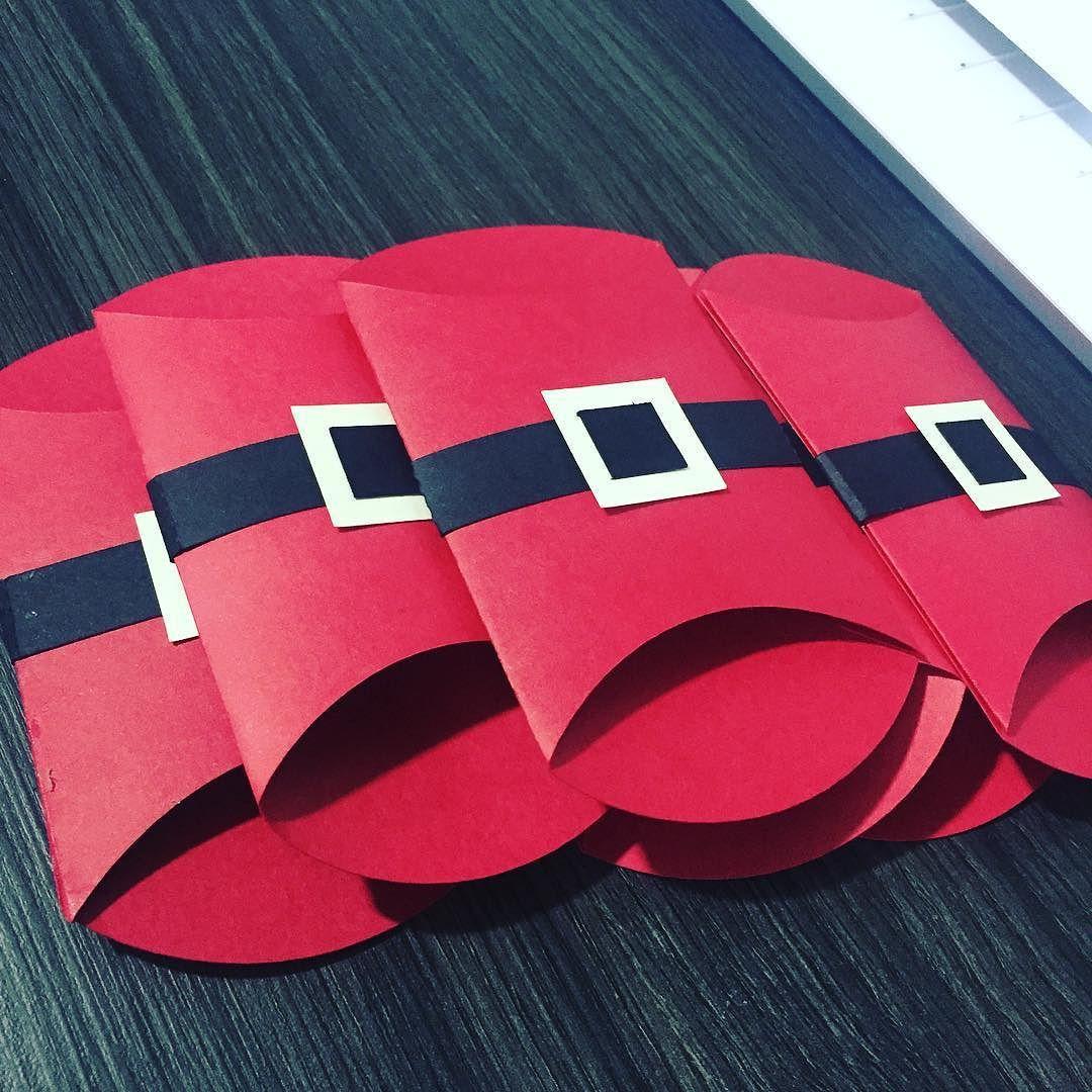 Os porta-talheres estão prontos #ceiadenatal #ceianatalina #ceianatal #craft #boxminds #amo #familia #artesanato #artesanatos #artesanal #artesanatobrasil