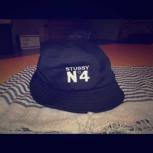 7f19e607128dd Stussy no. 4 bucket hat Black Stussy no. 4 bucket hat Stussy Accessories  Hats