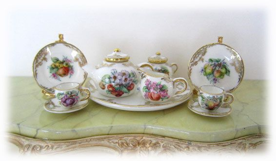 Dollhouse Miniature Set of 9 Porcelain Platters with Rose Design