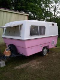 Pink Bottom Hunter Compact Ii Trailer Vintage Camper Vintage Trailers Cool Campers